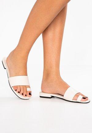 BECKY - Flip Flops - offwhite