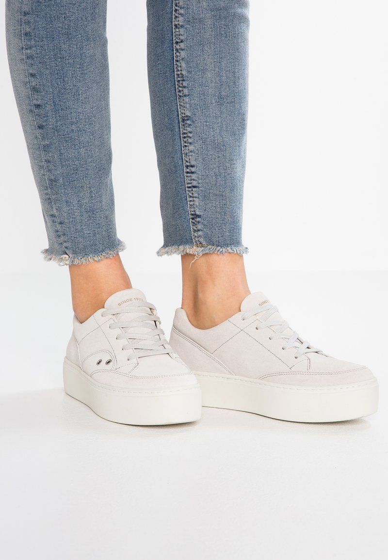 Vagabond - JESSIE - Sneaker low - salt