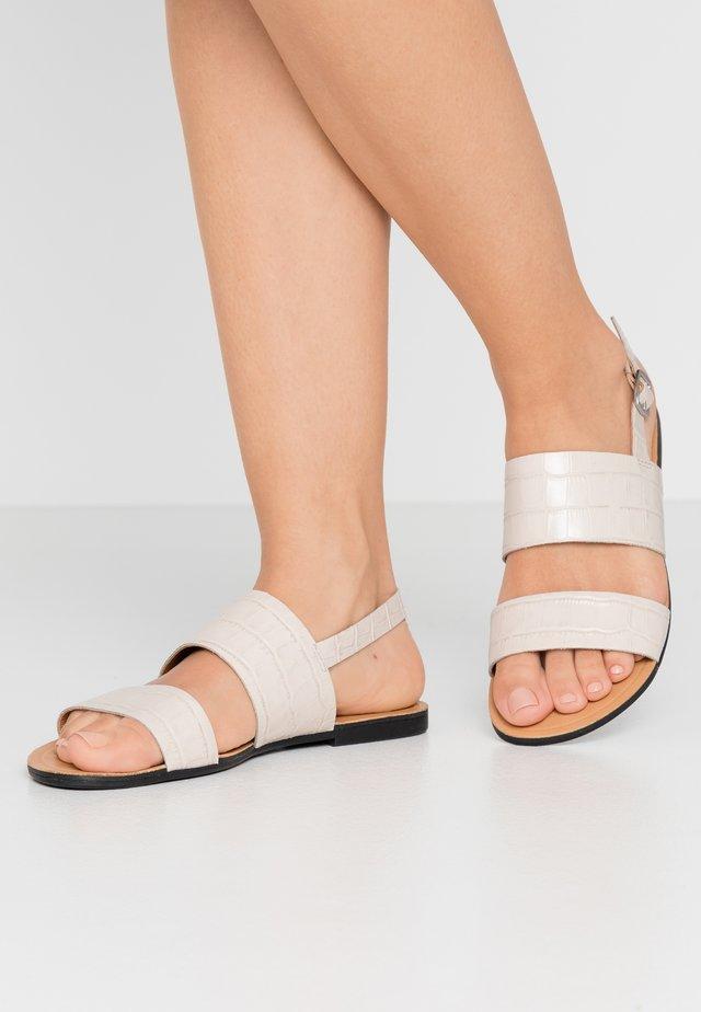 TIA - Sandaler - offwhite