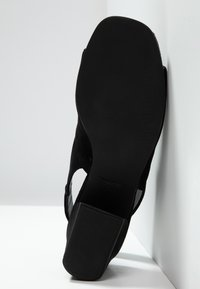 Vagabond - ELENA - Sandaler - black - 6