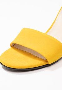 Vagabond - PENNY - Sandales - yellow - 2