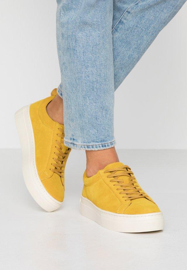 ZOE PLATFORM - Sneakers - ochre