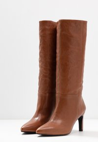 Vagabond - WHITNEY - Boots - cinnamon - 4