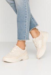 Vagabond - LEXY - Sneakers - offwhite - 0