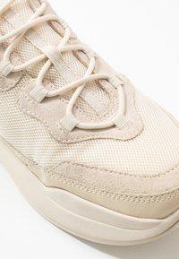 Vagabond - LEXY - Sneakers - offwhite - 2