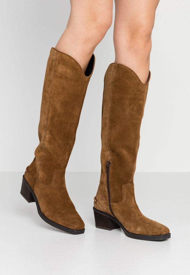 SIMONE - Cowboy/Biker boots - cognac
