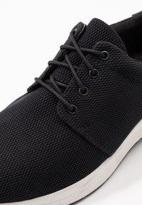 Vagabond - CINTIA - Sneakersy niskie - black - 2