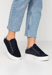Vagabond - ZOE - Sneakers - indigo - 0