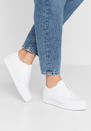 CAMILLE - Trainers - white