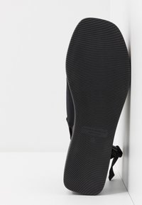 Vagabond - BONNIE - Platform sandals - black - 6