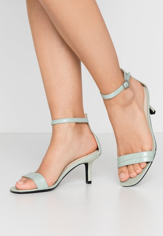 AMANDA - Sandalen - dusty mint