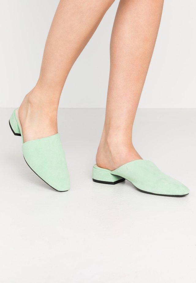 JOYCE - Slip-ins - neo mint