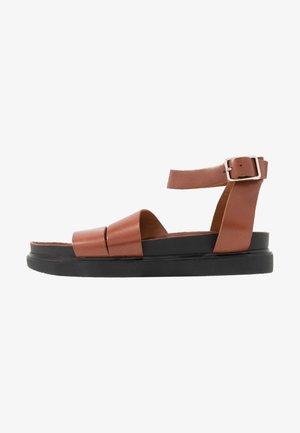 ERIN - Sandals - cognac