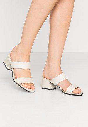 ELENA - Pantofle na podpatku - offwhite