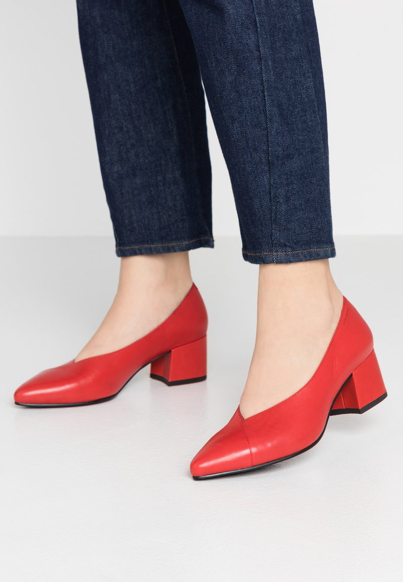 Vagabond - MYA - Pumps - red