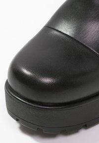 Vagabond - DIOON - Platform heels - black - 5