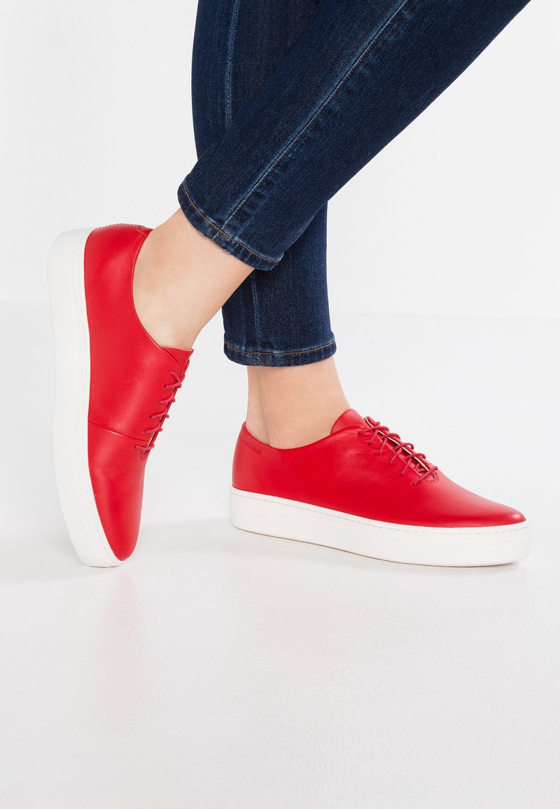 Vagabond - CAMILLE - Casual lace-ups - red