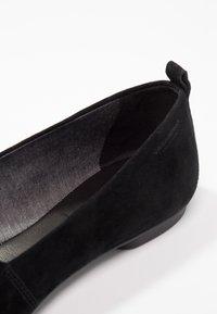 Vagabond - SANDY - Slip-ins - black - 2