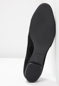 Vagabond - SANDY - Slippers - black - 6