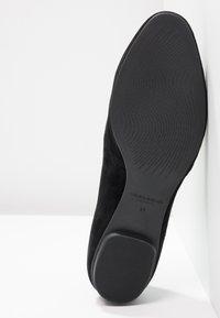 Vagabond - SANDY - Slip-ins - black - 6