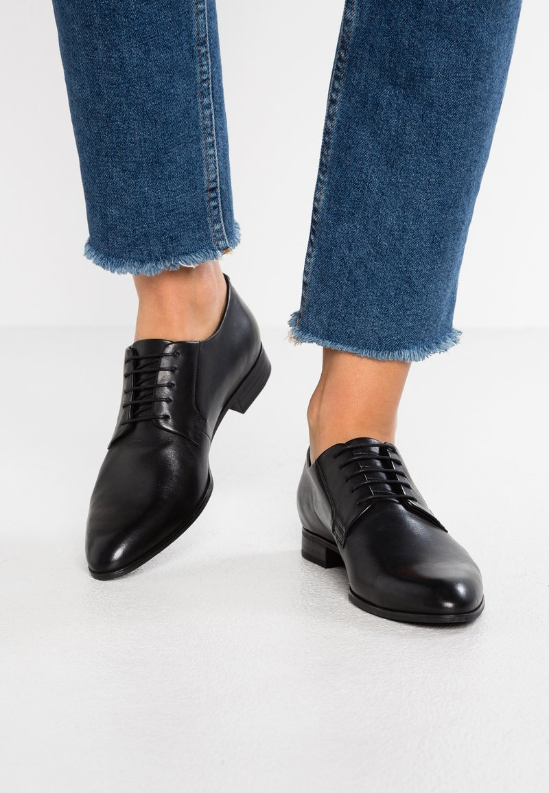 Vagabond - FRANCES - Lace-ups - black