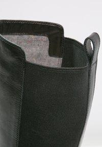 Vagabond - AMINA - Støvler - black - 5