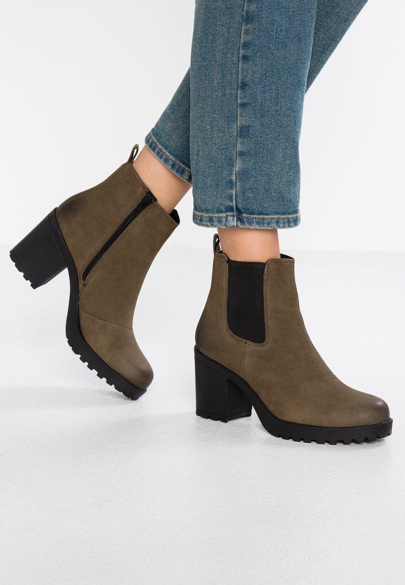 Vagabond - GRACE - Ankle Boot - dark olive