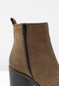 Vagabond - GRACE - Ankle Boot - dark olive - 2