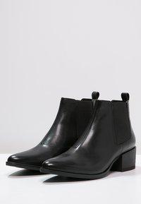 Vagabond - MARJA - Ankle boots - black - 2