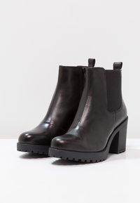 Vagabond - GRACE - Ankle boot - black - 3