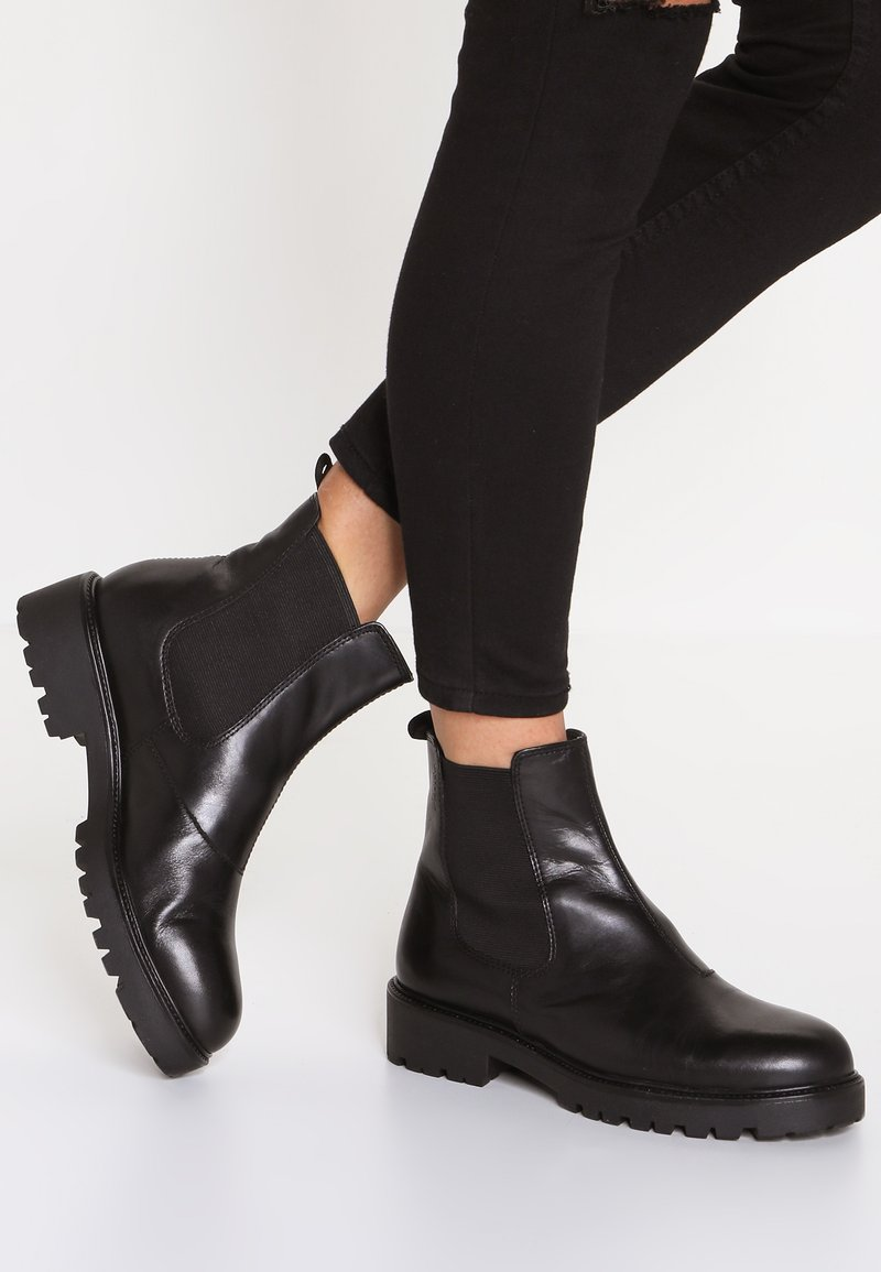 Vagabond - KENOVA - Kotníkové boty na platformě - black