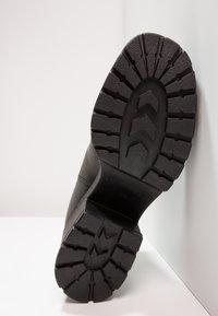 Vagabond - DIOON - Ankle boots - black - 5