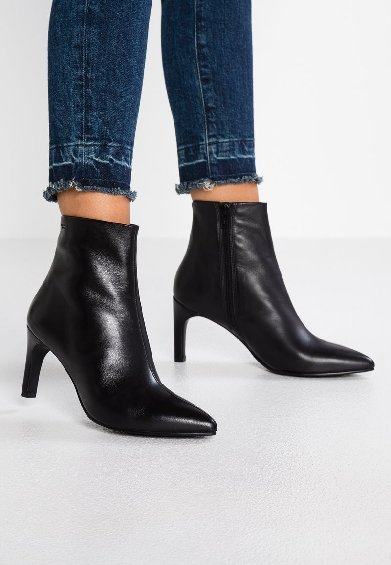 Vagabond - WHITNEY - Ankle Boot - black