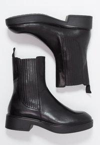 Vagabond - DIANE - Kotníkové boty na platformě - black - 3