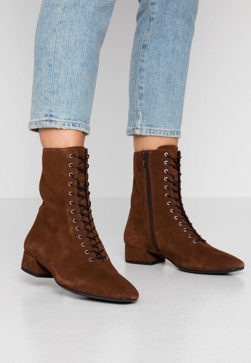 Vagabond - JOYCE - Lace-up ankle boots - brown