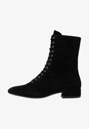 JOYCE - Šněrovací kotníkové boty - black