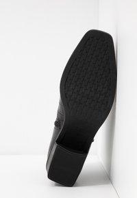 Vagabond - SIMONE - Korte laarzen - black - 6