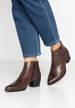 LARA - Kotníková obuv - dark brown