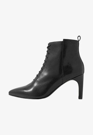 WHITNEY - Ankelboots - black