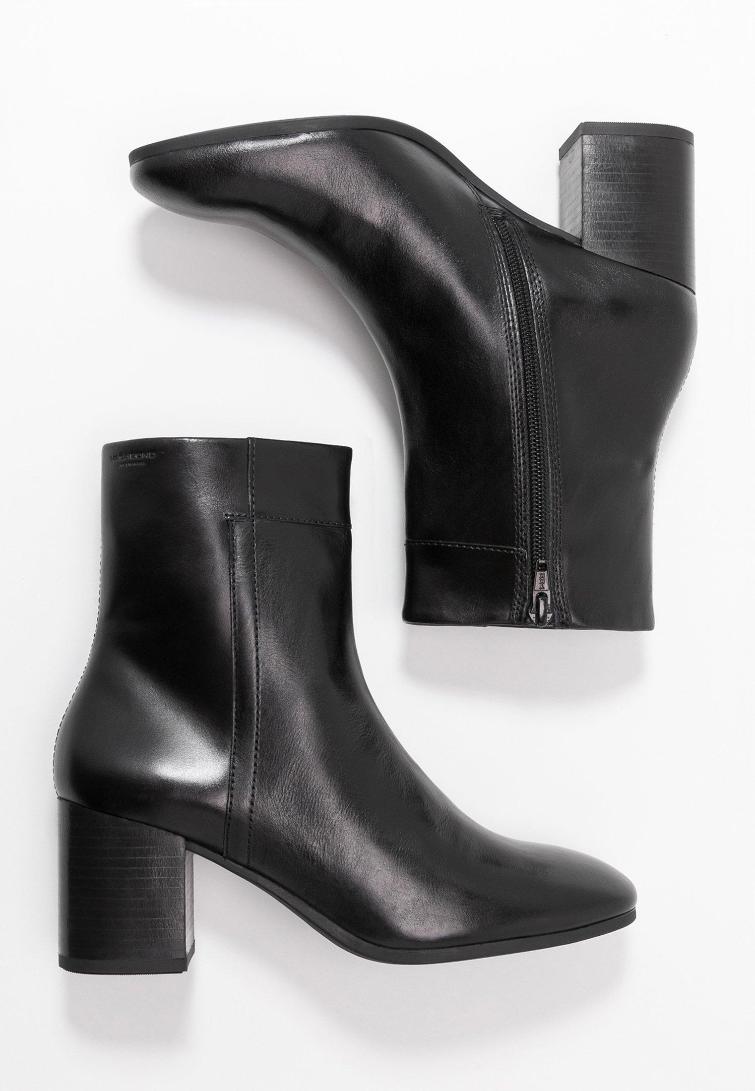 NICOLE Korte laarzen black