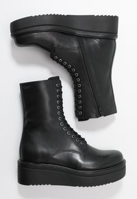 Vagabond - TARA - Platform ankle boots - black - 3