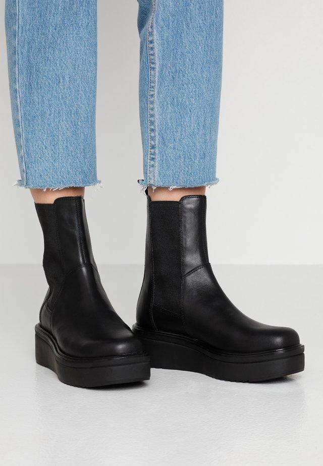 TARA - Kilestøvletter - black