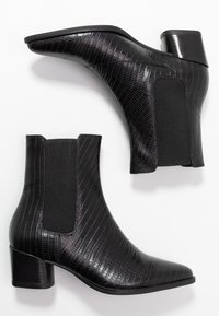 Vagabond - LARA - Classic ankle boots - black - 3