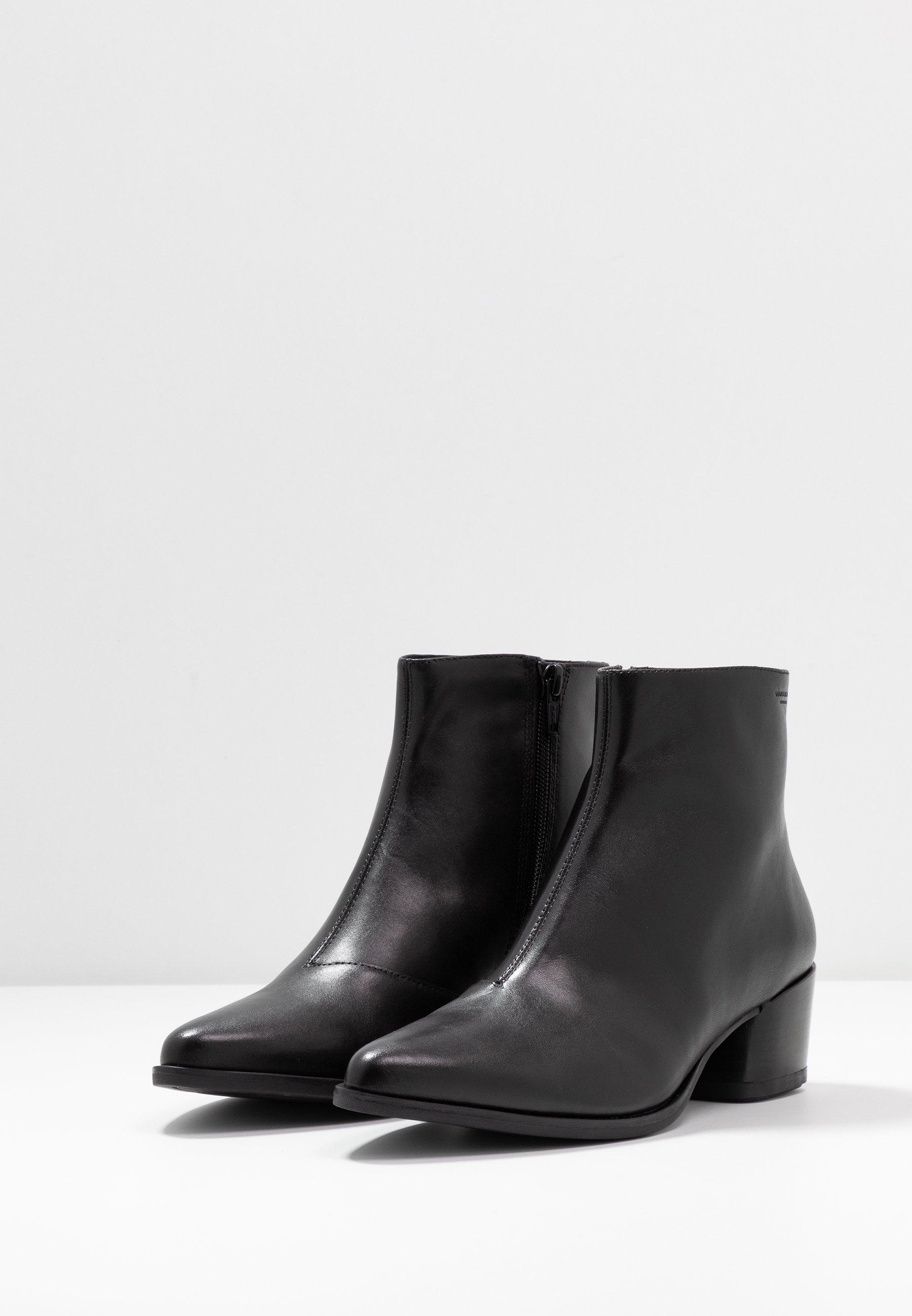 Vagabond LARA - Ankle boot - black