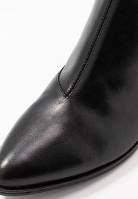 Vagabond - LARA - Ankelstøvler - black - 2