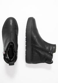 Vagabond - BREE - Korte laarzen - black - 3