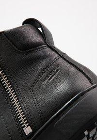 Vagabond - BREE - Korte laarzen - black - 2
