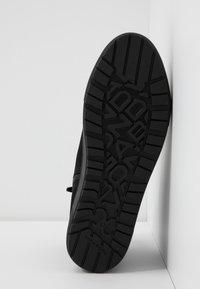 Vagabond - BREE - High-top trainers - black - 6
