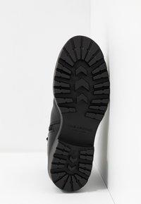 Vagabond - KENOVA - Korte laarzen - black - 6