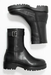 Vagabond - KENOVA - Støvletter - black - 3